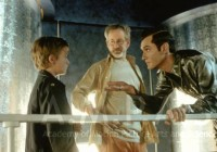 Steven Spielberg, Jude Law, and Haley Joel Osment during production of A.I. ARTIFICIAL INTELLIGENCE, 2001